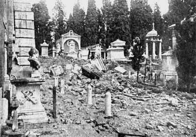 Il cimitero del Verano pesantemente colpito