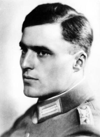 Il colonnello Claus Schenk von Stauffenberg, esecutore materiale dell'attentato ad Hitler del 20 luglio 1944.