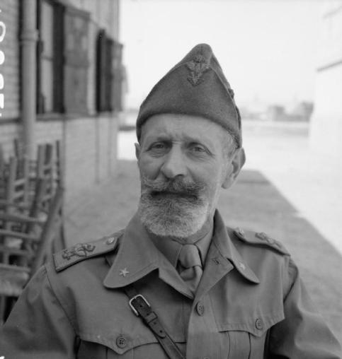 Il generale Bergonzoli, scattata dopo la cattura da parte delle truppe ingles