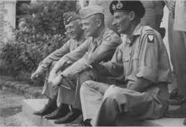 il generale Patton (a sinistra) con Eisenhower e Montgomery