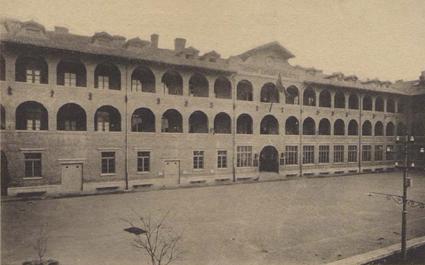 La sede della caserma Carlotto