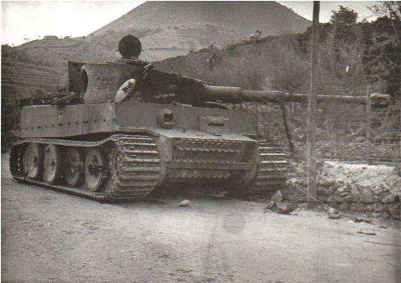 Panzer Tigre messo fuori combattimento