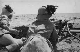 Postazione di bersaglieri nel deserto