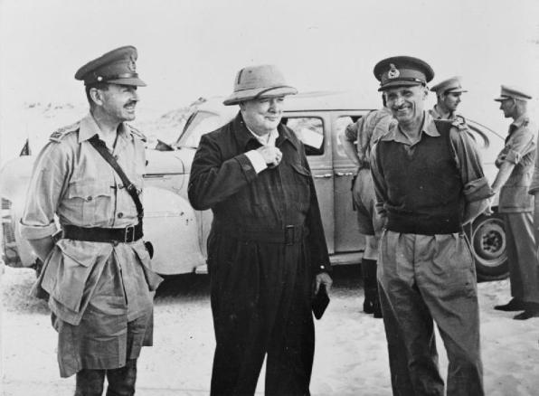 Churchill in Nordafrica con i generali Alexander e Montgomery, 23 agosto 1942