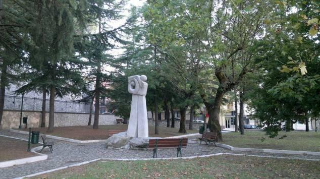 Il bombardamento che ricorda la strage di Buccino.jpg