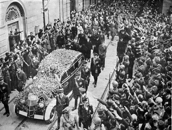 Immagini del funerale