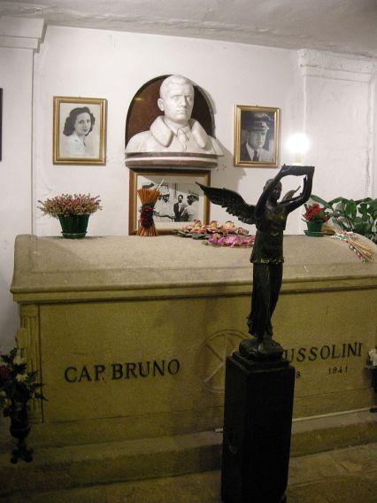 La tomba a Predappio