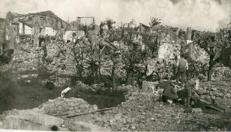 Rovine di San Martino del Carso.jpg
