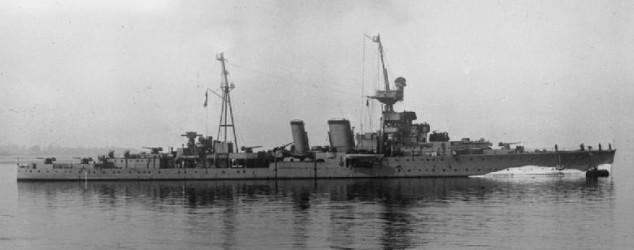 HMS_Coventry_(1918) tagliato.jpg