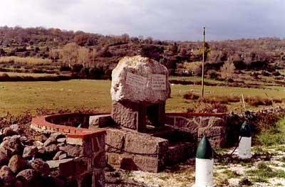 monumento-bechi-luserna a macomer