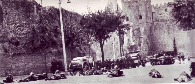 Scena di combattimenti intorno a porta San Paolo