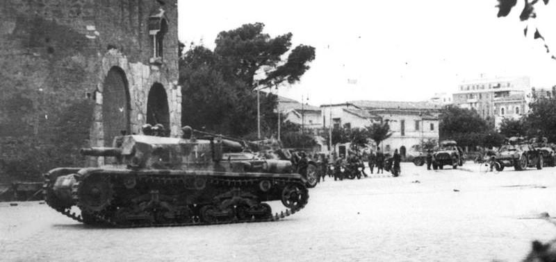 Semovente da 75 18 in combattimento zona porta San Paolo anteprima
