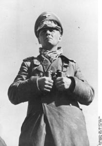 Erwin Rommel durante la campagna del deserto.jpg