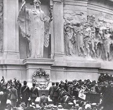L'arrivo della salma del Milite Ignoto all'Altare della Patria (4 novembre 1921)