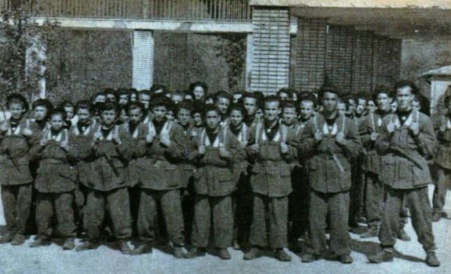 Le Fiamme Bianche del Battaglione di Carlevaro ricevute dal DUCE a Gargnano il 29 luglio 1944.
