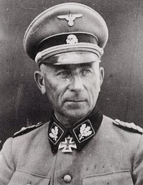 SS-Oberst-Gruppenführer Paul Hausser