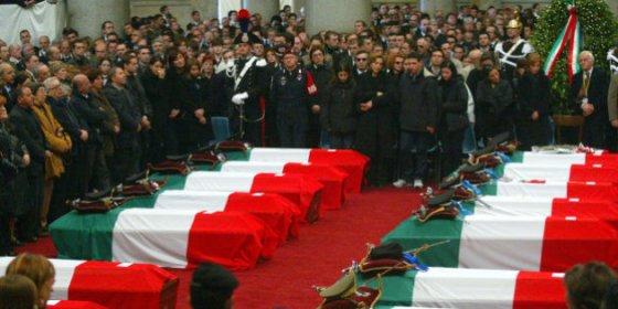 I funerali per i caduti di Nassiriya.jpg