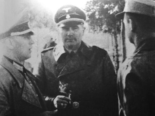 Ufficiali tedeschi durante la battaglia di Porta Lame