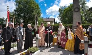 Commemorazione cosacca al cimitero di Lienz