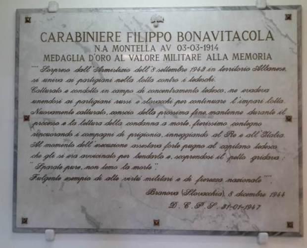 Lastra alla M.O.V.M. al Carabiniere Filippo Bonavitacola