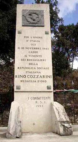 Stele dedicata al tenente RSI Rino Cozzarini