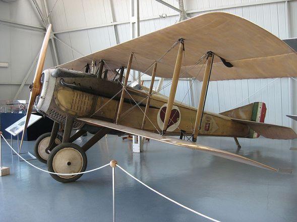 Lo SPAD S.VII di Cabruna, conservato presso il Museo storico dell'Aeronautica Militare..jpg
