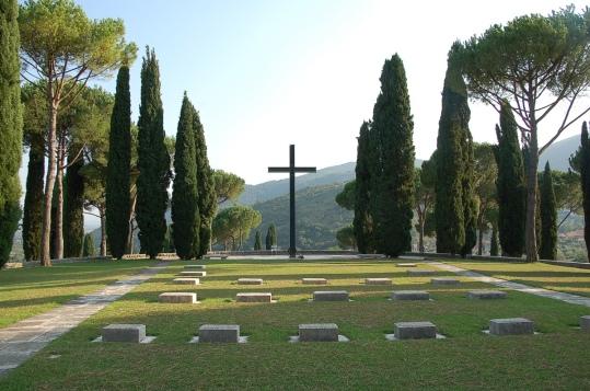 Cimitero militare Germanico Cassino.jpg