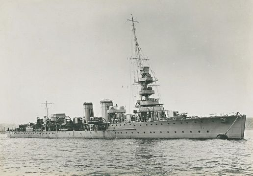 L'incrociatore britannico Calypso