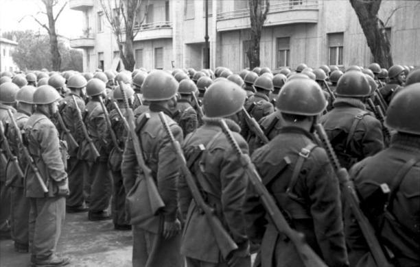 Reparto della Decima schierato sul fronte orientale
