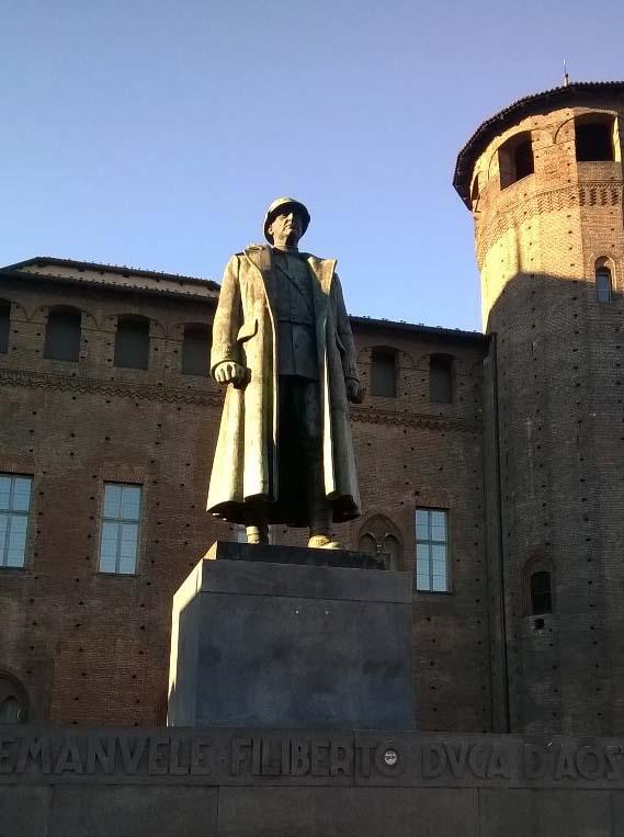 Monumento Duca Invitto.jpg