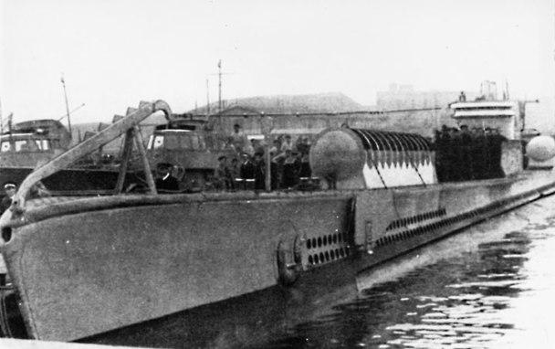 Il sommergibile Ambra dopo la trasformazione a trasportatore dei mezzi d'assalto